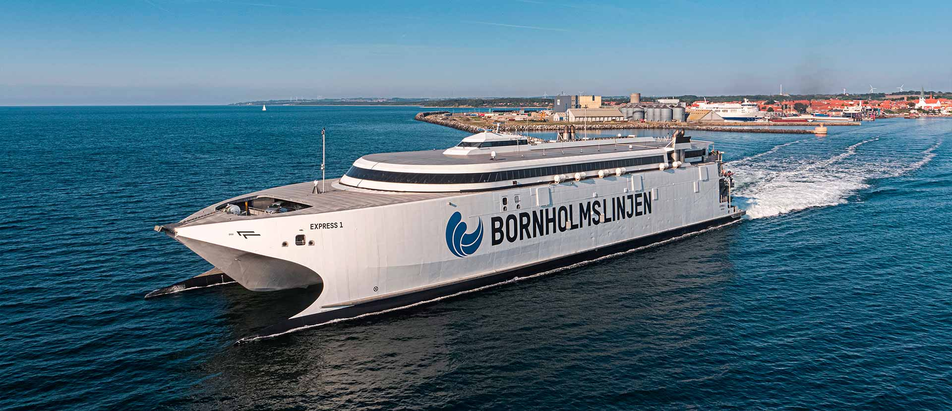 An high-speed ferry that leaves the harbour of Rønne on Bornholm